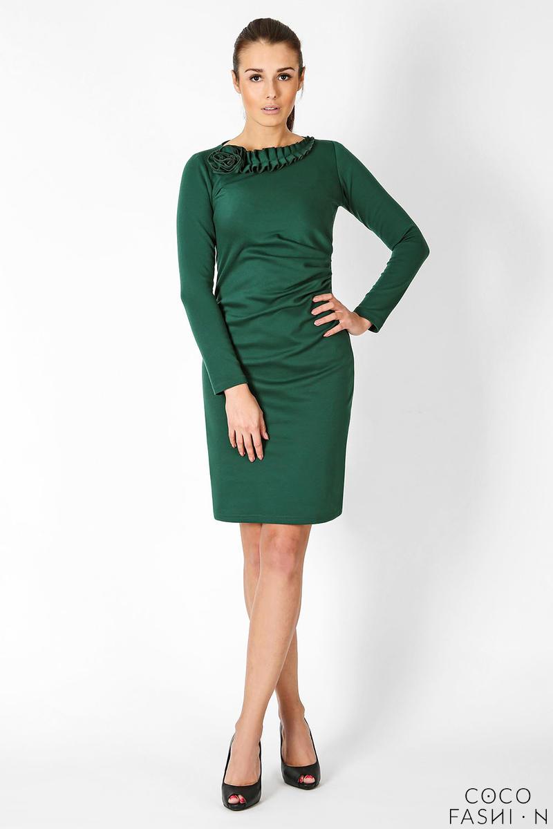 green-elegant-dress-with-gorgeous-neckline