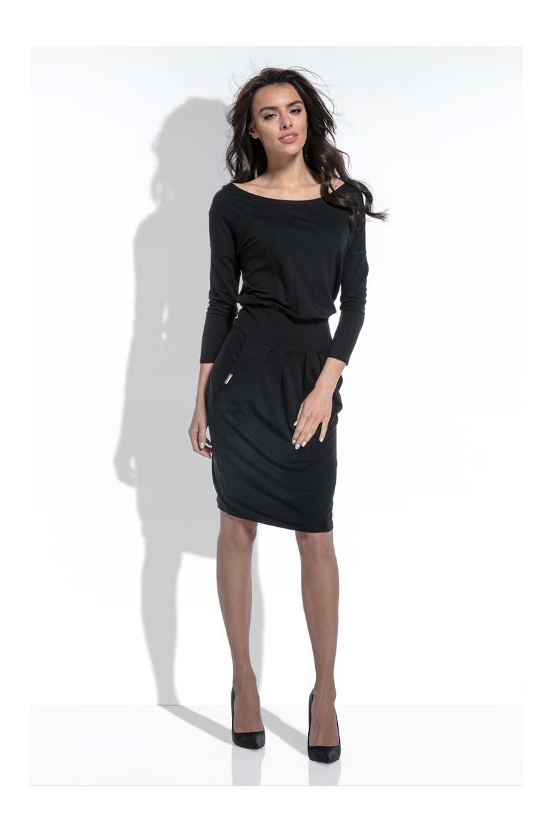 Black Casual Dress with Slim Waist