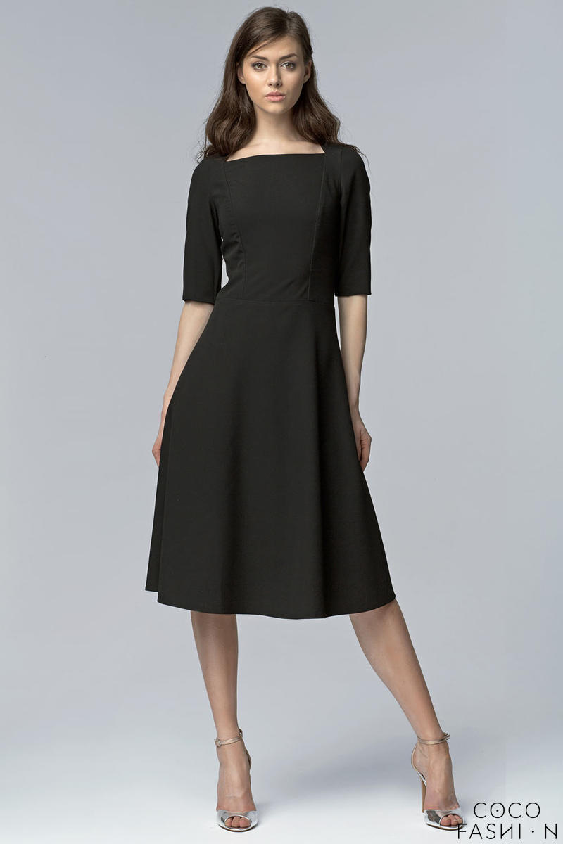 Black Dress with Square Neckline and Seam Bodice