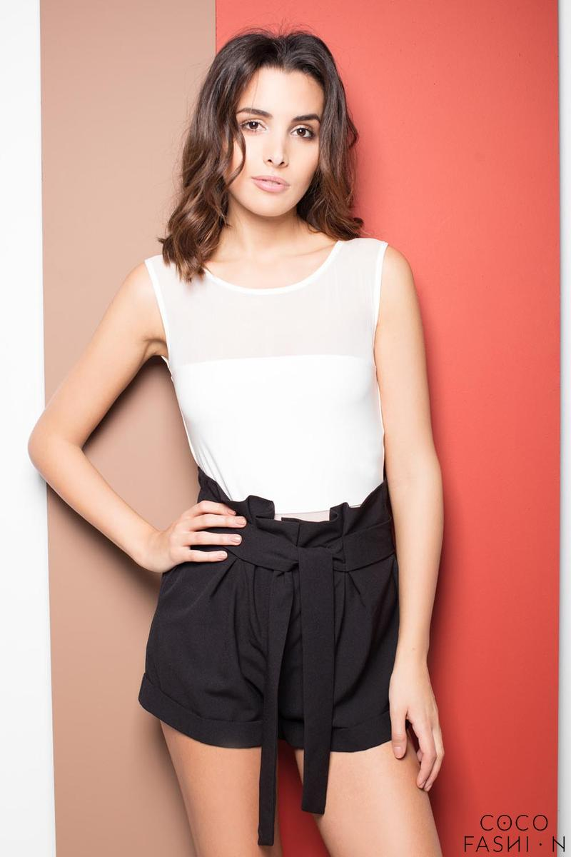 Black High Wrinkled Waist Shorts with Self Tie Belt
