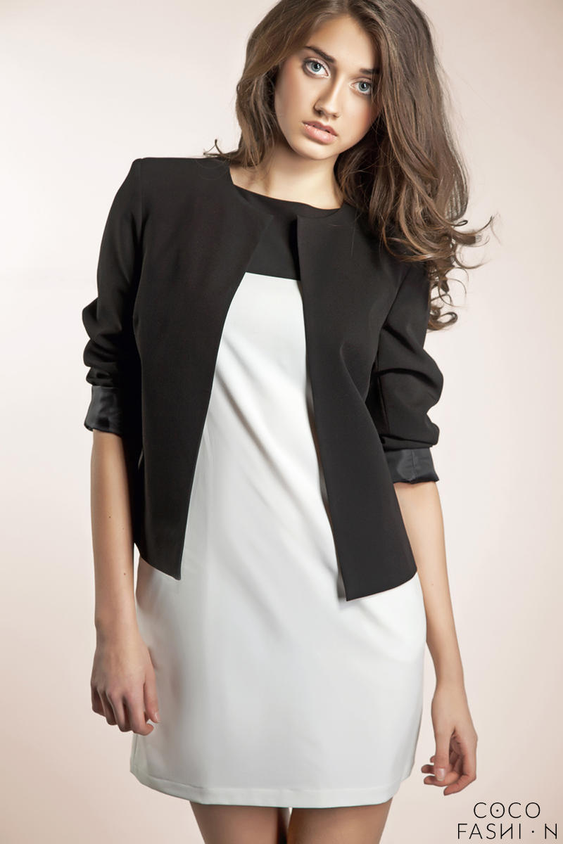 black-front-open-jacket-with-34-sleeves