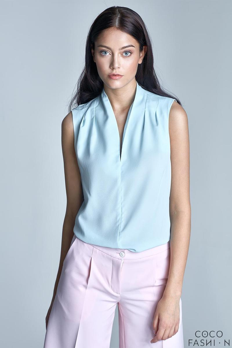 sky-blue-sleeveless-stand-up-collar-wrinkled-blouse