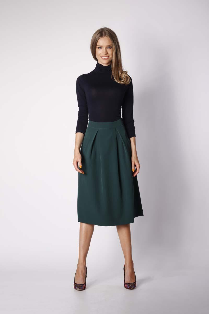 Green Trapezoid Skirt with Deep Pleats