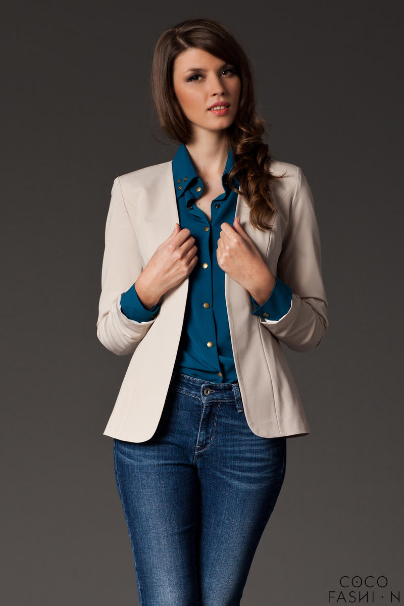 Puffed Shoulder Collarless Seam Beige Blazer