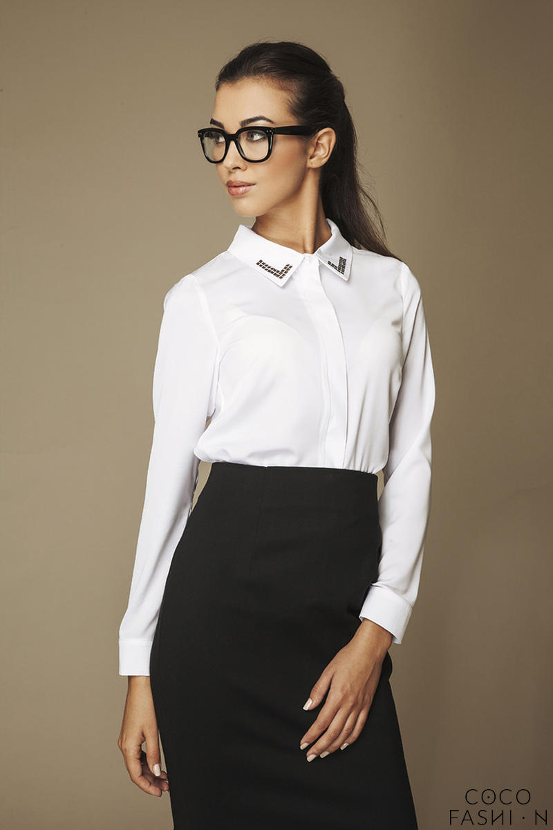 Sequin Embellished Collar White Shirt with Back Pleat