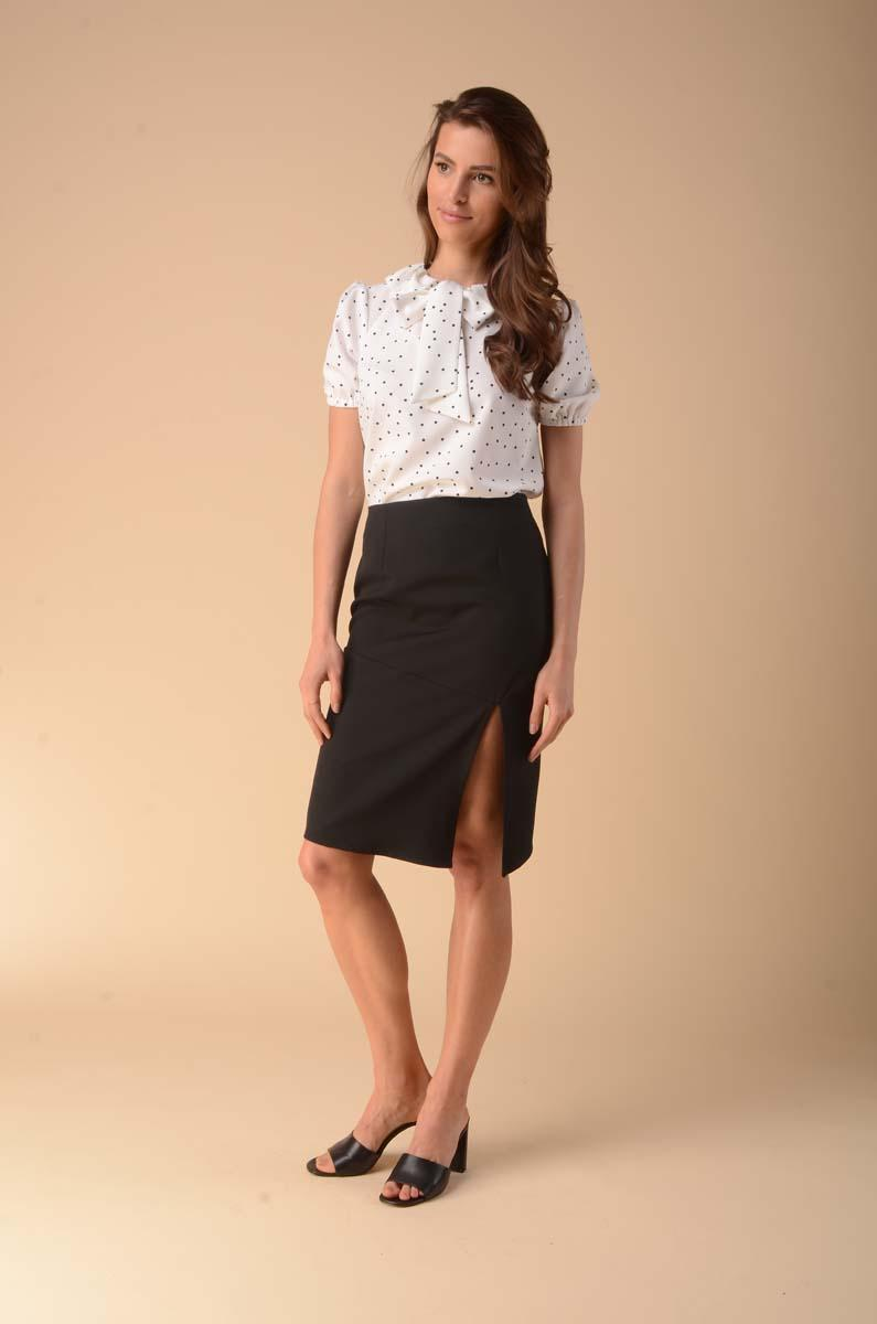 Black pencil skirt with strut on the side