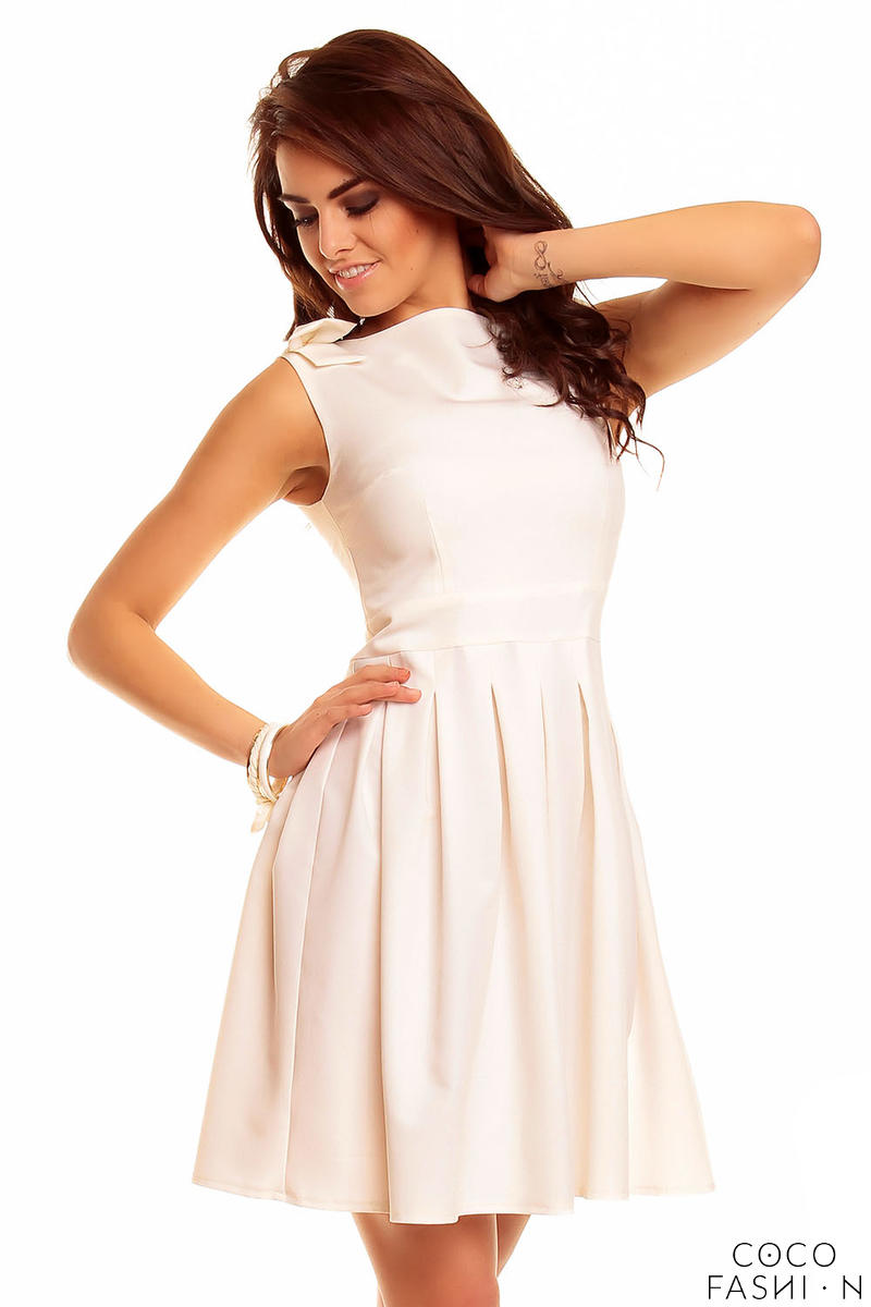 Creamy Shoulder Bow Sleeveless Flippy Dress