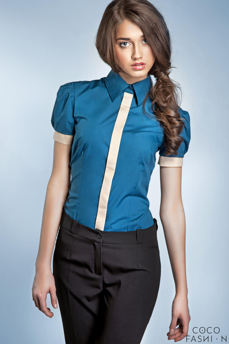 Pleated Puffed Shoulder Collared Azure Shirt with Contrast Trim от cocofashion