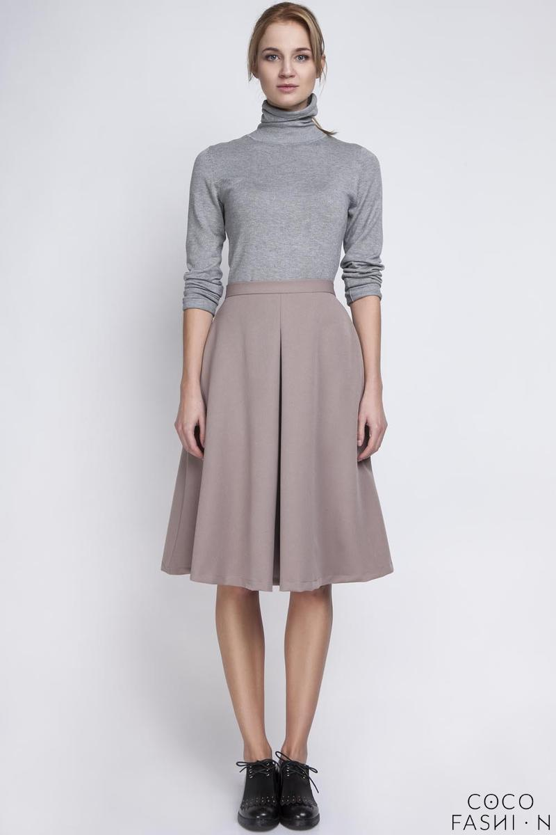 beige retro style midi lenght skirt with fold