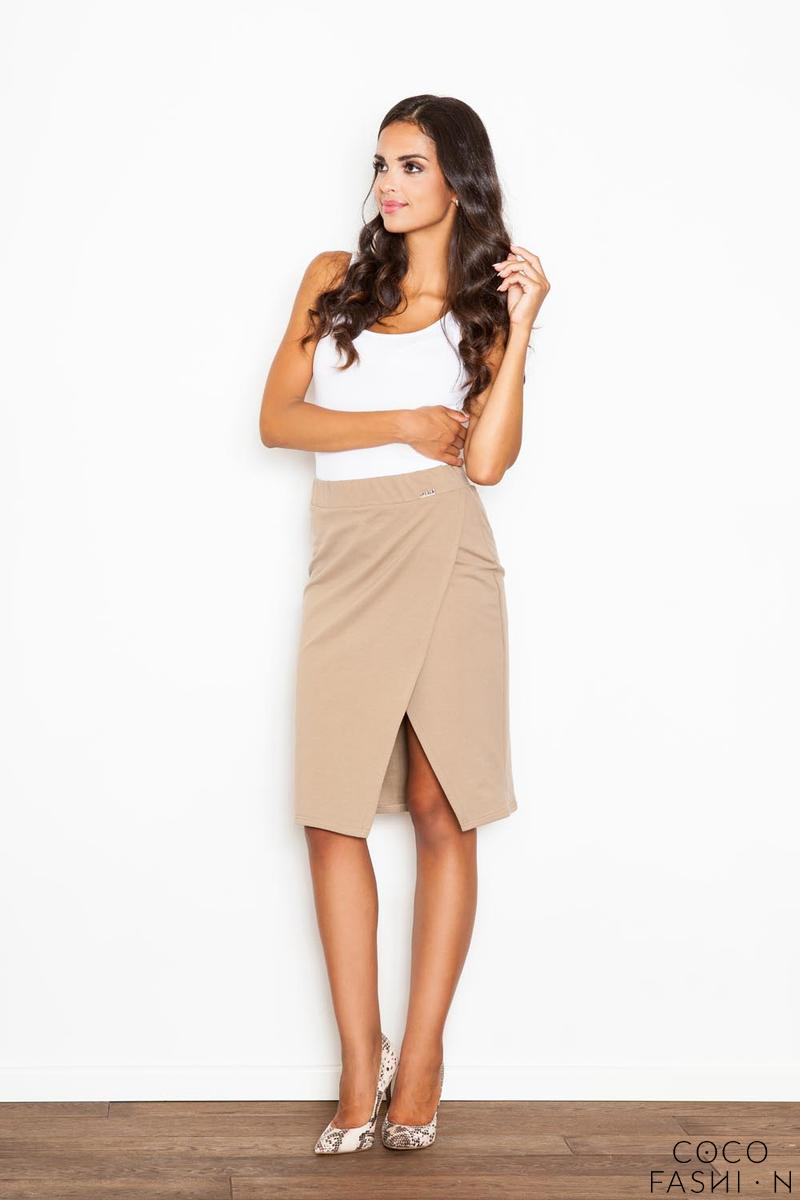 Beige Kneelenght Skirt with Asymmetrical Slit