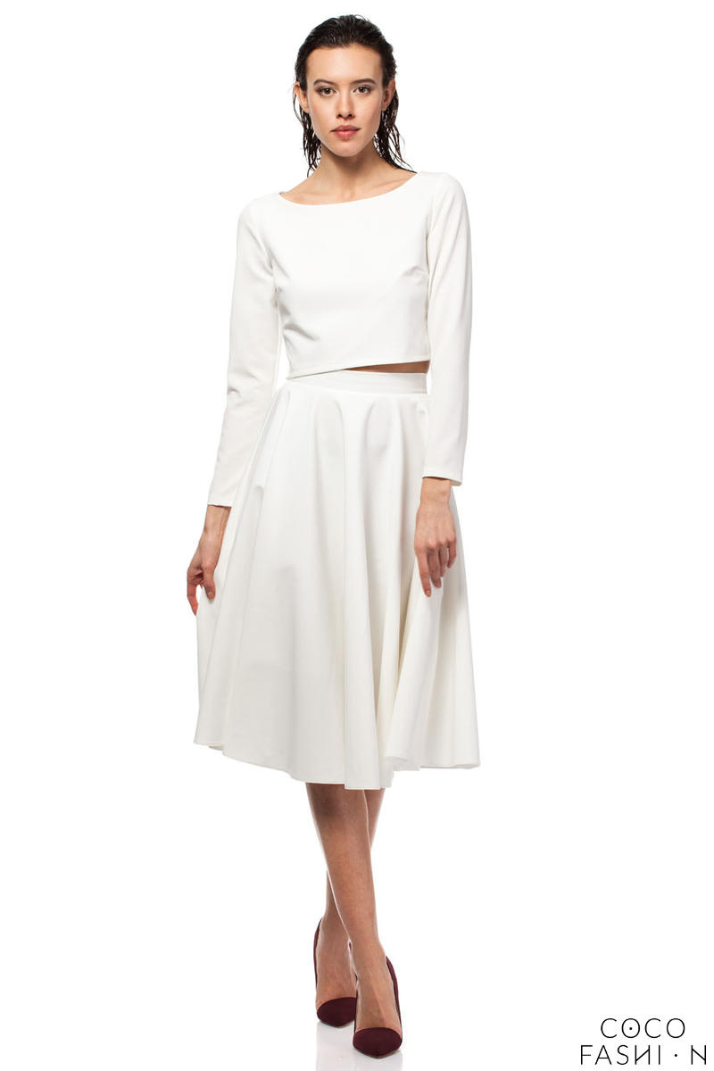 Off White Pleated Midi Skirt with Back Zipper Fastening