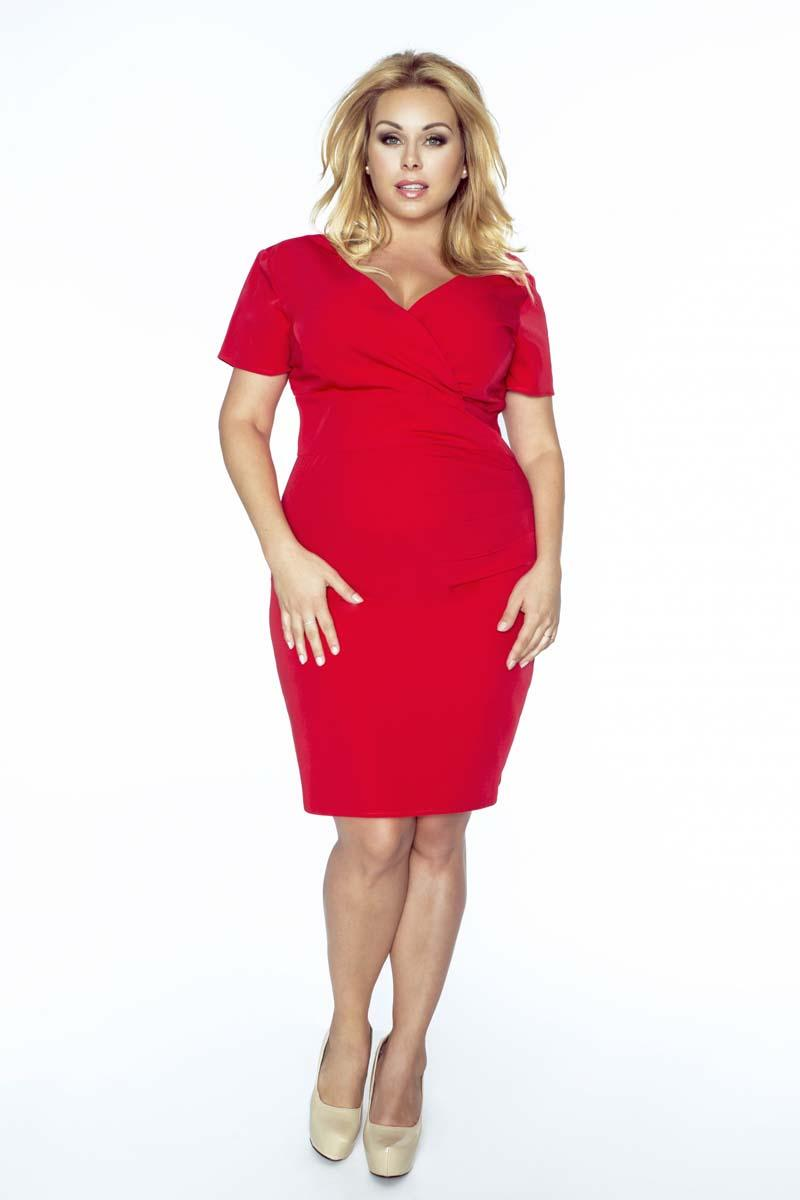 red-coctail-dress-with-v-neckline-plus-size
