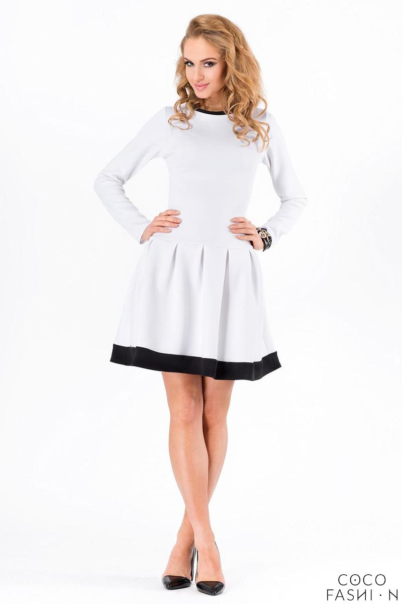 White Long Sleeved Dress with Contrasting Piping