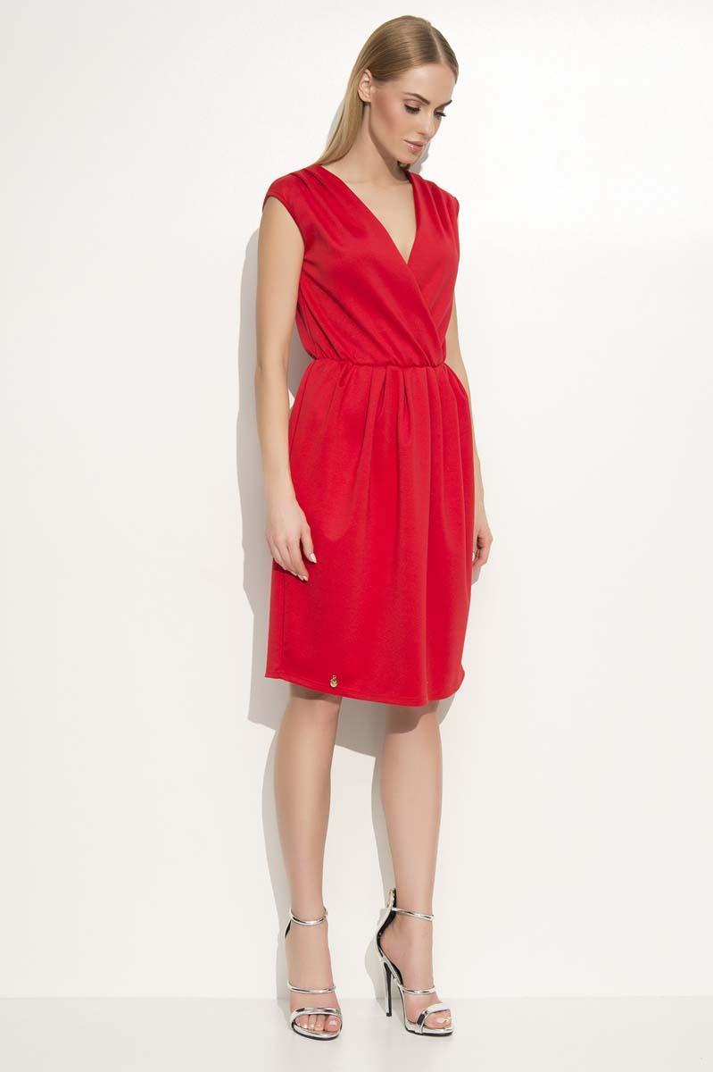 red-v-neckline-sleeveless-dress