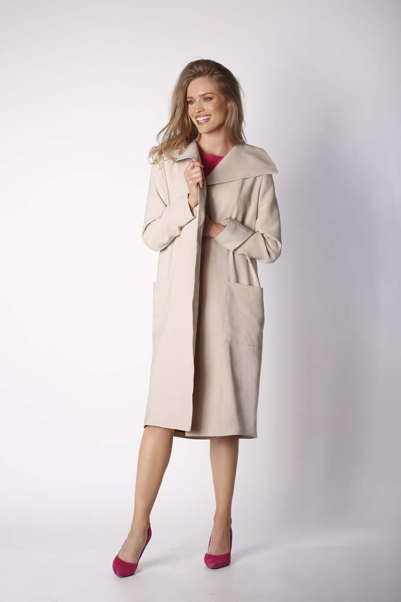 Beige Envelope Coat with Large Pockets