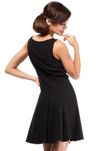 Black Sleeveless Pleated Round Neckline Dress