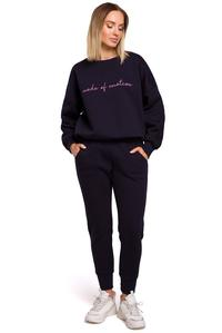 Sweatshirt with embroidery (Navy Blue)