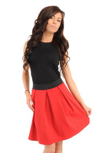 Deep Pleat Short Red Skirt