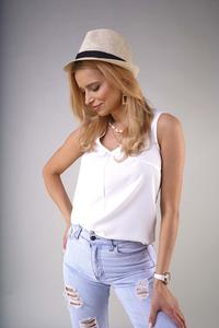 Sleeveless V-neck blouse - Ecru