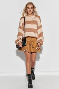 Loose sweater in wide beige and camel stripes